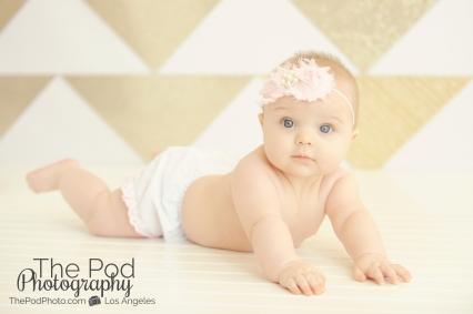 Modern-Baby-Portrait-Photographer-Brentwood-Tummy-Time-Studio-Set