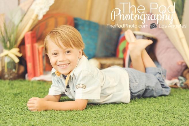 Seasonal-Studio-Set-Kids-Portrait-Summer-Teepee-Session-Malibu-Photographer